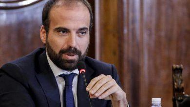 Photo of Carta d'identità per registrarsi sui social: la proposta del renziano Marattin