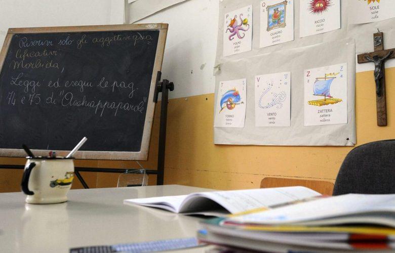 Crocifisso nelle aule, la controversia infinita: ecco cosa prevede la legge in Italia