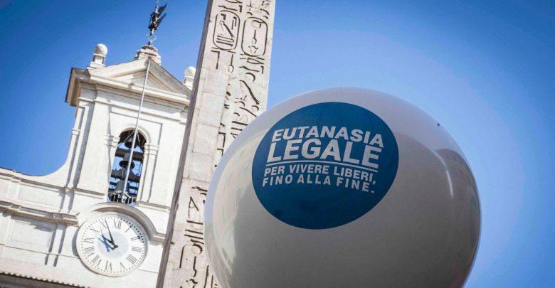 Photo of Eutanasia, il 93% degli italiani chiede una legge