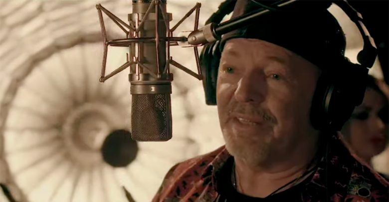 Photo of Vasco Rossi: «La canzone definitiva»
