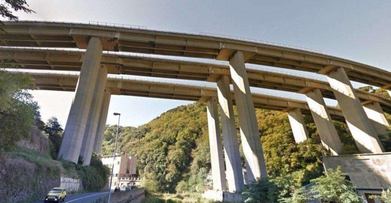 Photo of Chiusa l'autostrada A26 per Genova: «Due viadotti a rischio crollo»