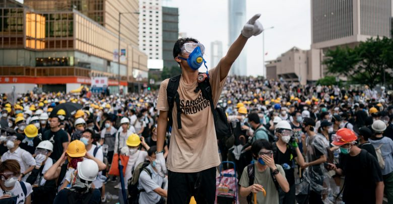 Photo of Da Hong Kong al Libano: le proteste che agitano il mondo
