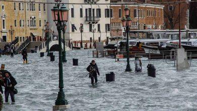 Photo of Da nord a sud l'Italia flagellata dal maltempo: a Venezia la marea raggiunge i 152 cm
