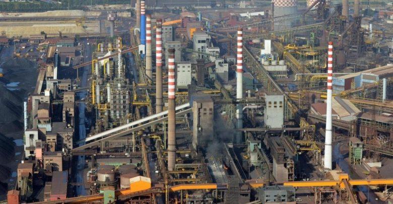 Ex Ilva, ArcelorMittal avvia la procedura per il ritiro dall'Italia: quasi 11mila dipendenti a rischio