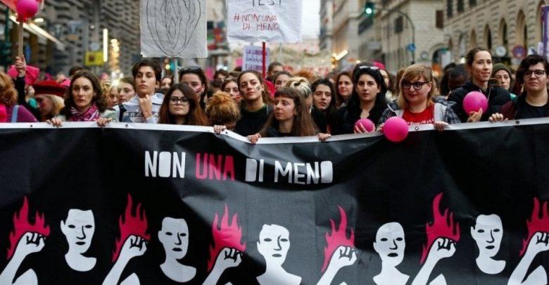 Photo of In Italia una donna subisce violenza ogni 15 minuti: perché è importante il 25 novembre
