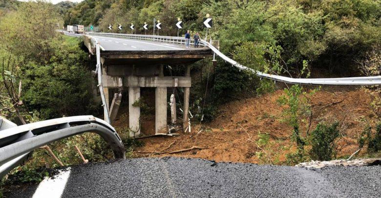 Photo of Maltempo, crolla un viadotto sulla A6 Savona-Torino