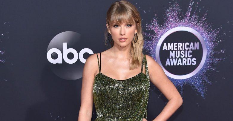 Photo of Taylor Swift, la donna d'oro