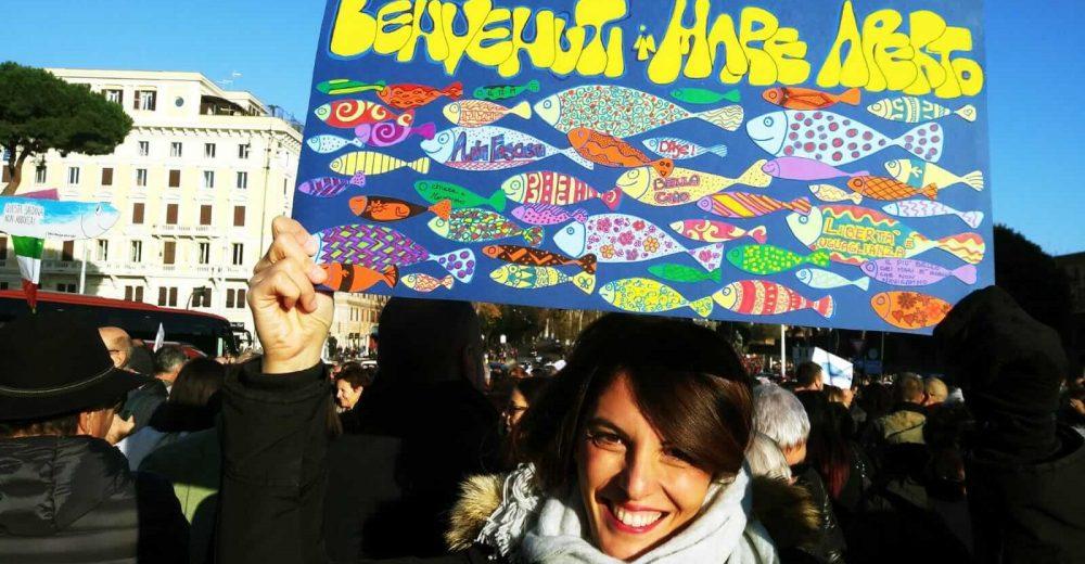 Dai 6 mila di Bologna ai 100mila di Roma: come è cambiato il movimento delle sardine