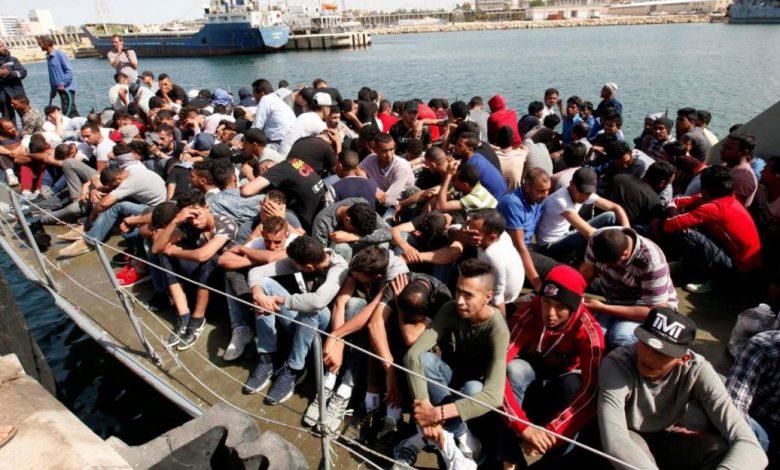 Photo of Migranti, sbarchi dimezzati in un anno secondo i dati del Viminale