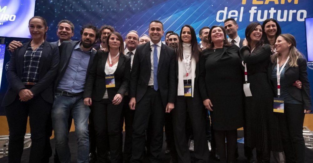 Riorganizzazione del M5s: Di Maio presenta il «team del futuro»