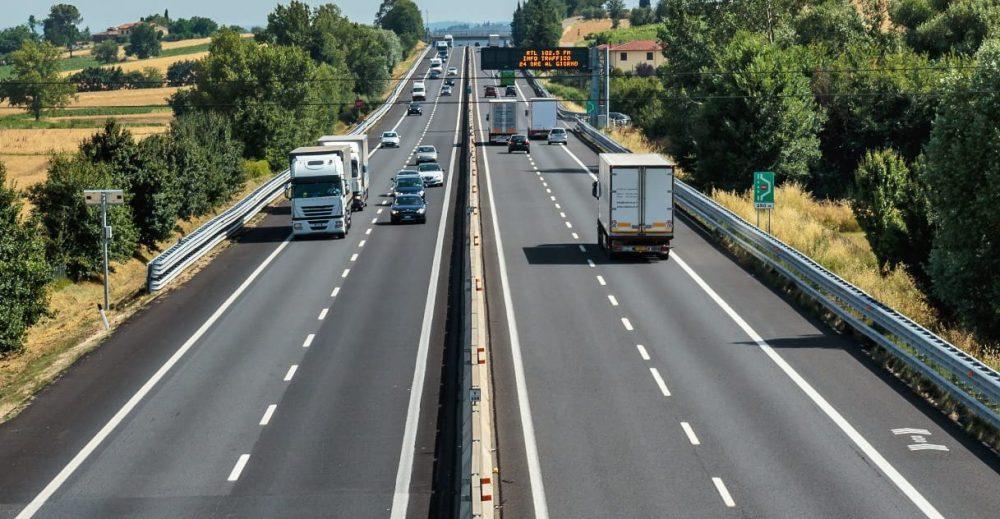 Autostrade, ipotesi maxi-multa in alternativa alla revoca della concessione