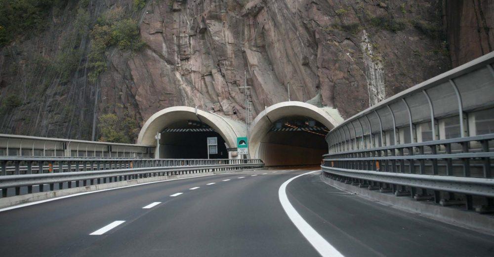 «Duecento gallerie a rischio»: l'allarme del Mit sulle autostrade italiane
