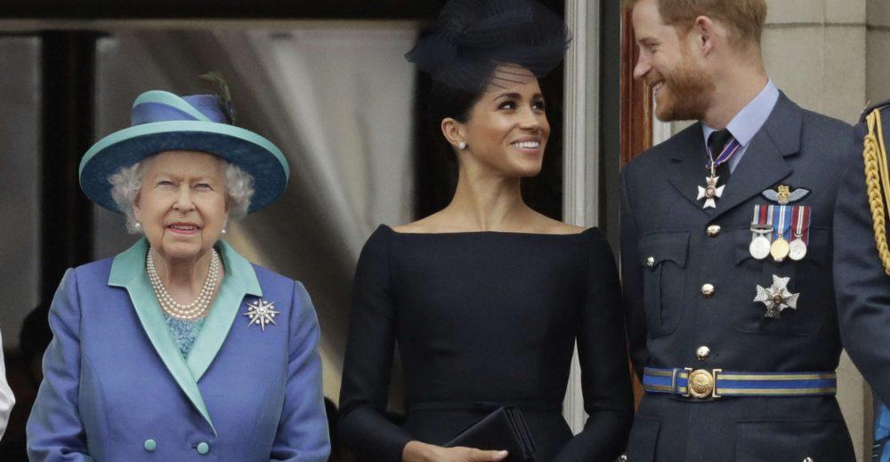 La Regina dice sì all'indipendenza di Harry e Meghan