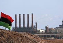 Photo of Libia, Haftar blocca l'export del petrolio alla vigilia della Conferenza di Berlino
