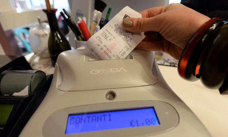 Photo of Scontrino fiscale elettronico, è scattato l'obbligo per tutti i commercianti