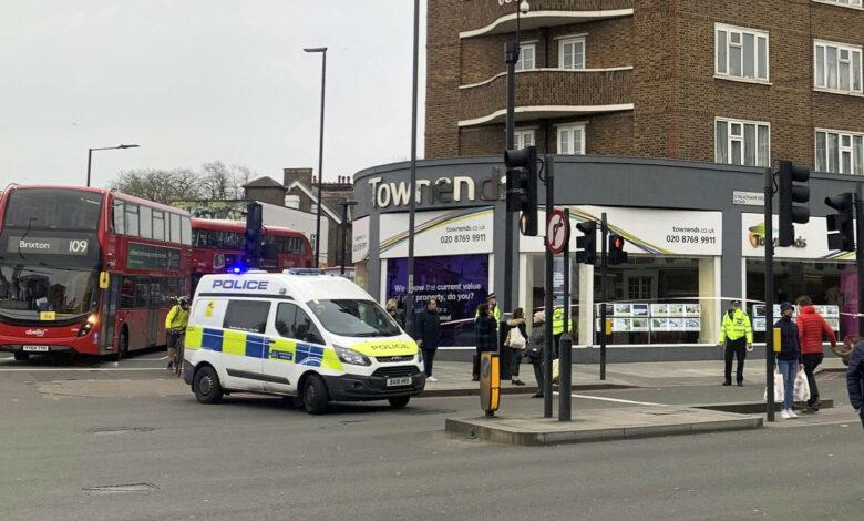 Photo of Attentato a Londra: per la polizia è «terrorismo»