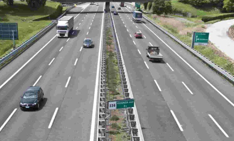 Photo of Autostrade, Palazzo Chigi è pronto alla revoca delle concessioni