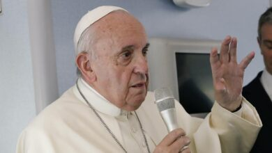 Photo of Da Papa Francesco nessuna apertura sui preti sposati