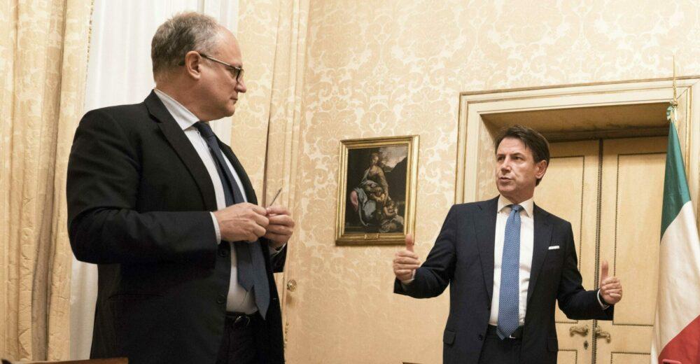 Conte: «Ai Comuni 4,3 miliardi di euro e 400 milioni per buoni spesa»