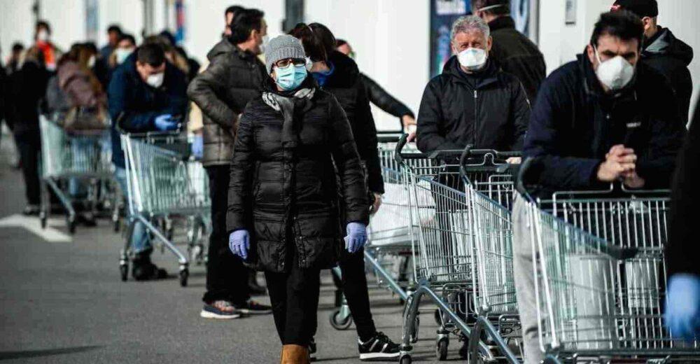 Coronavirus, chiusure e divieti: verso la proroga di almeno due settimane