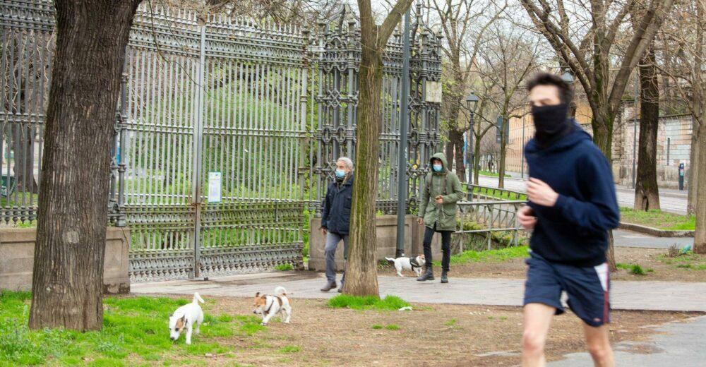Coronavirus, passeggiate e sport potrebbero essere vietati