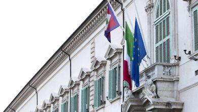 Photo of L'Italia si è fermata per commemorare i suoi 11mila morti