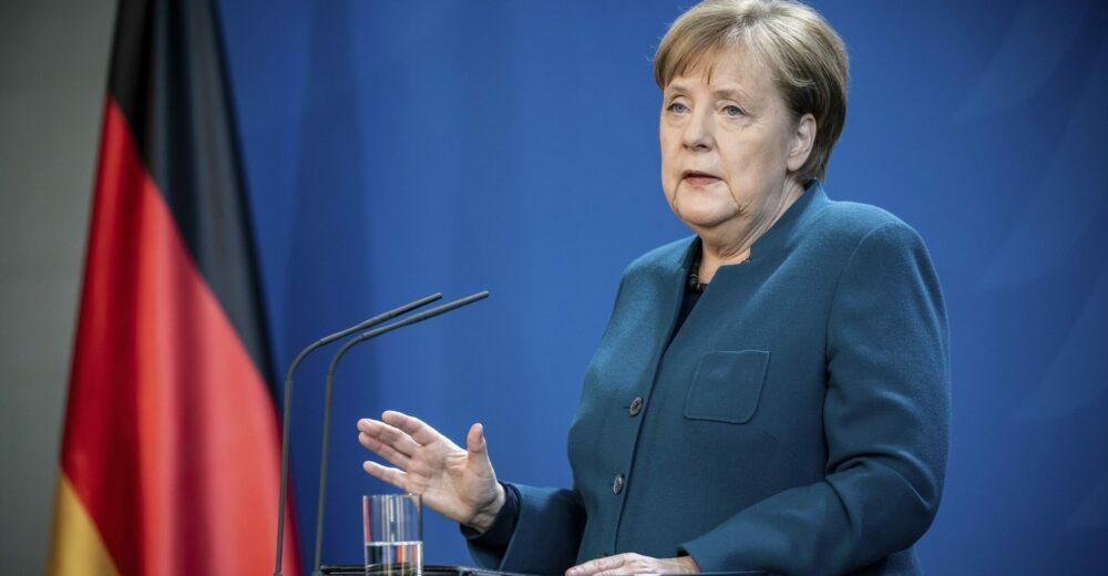 Coronavirus, Merkel boccia gli eurobond: «Ci sono altri strumenti»