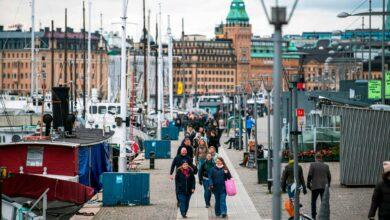 Photo of La svolta della Svezia: «Basta tutto aperto, prepariamoci a migliaia di morti»