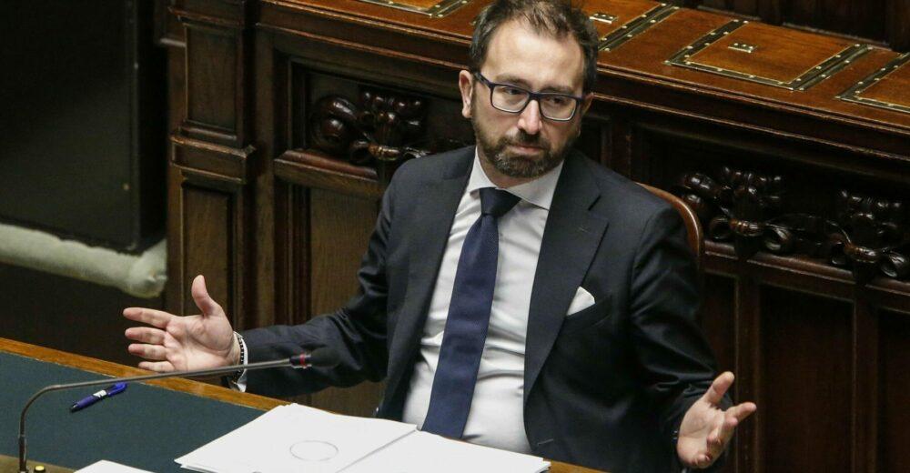 La sfiducia a Bonafede potrebbe aprire una nuova crisi