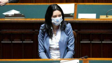 Photo of Maturità 2020, Azzolina: «Si parte il 17 giugno, gli esami saranno in presenza»