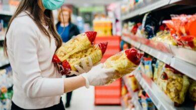 Photo of Coronavirus, l'Oms: «No ai guanti, nemmeno al supermercato»