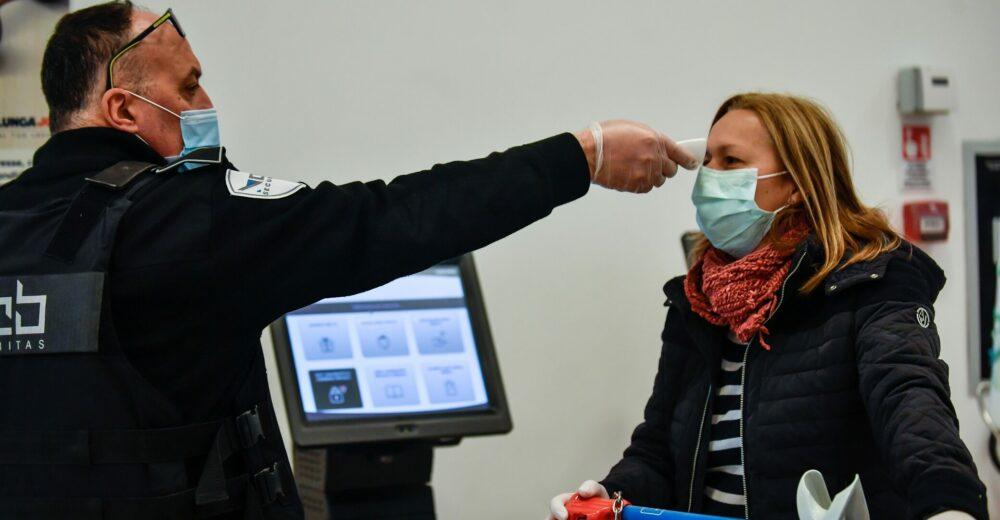 Coronavirus, la questione del contagio da asintomatici