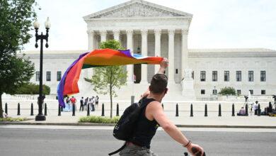 Photo of «Nessuno può essere licenziato perché gay»: cosa cambia con la sentenza della Corte Usa