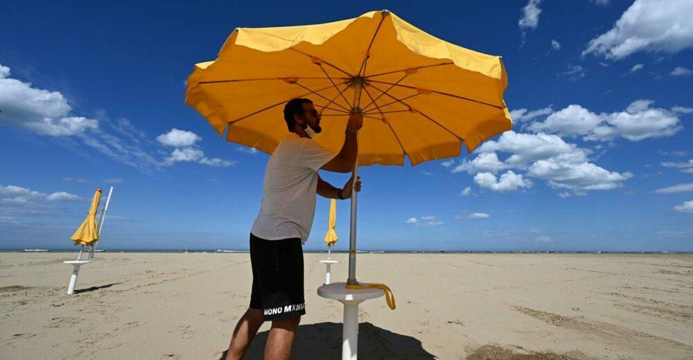 Come andremo in spiaggia quest'estate? Le linee guida dell'Iss