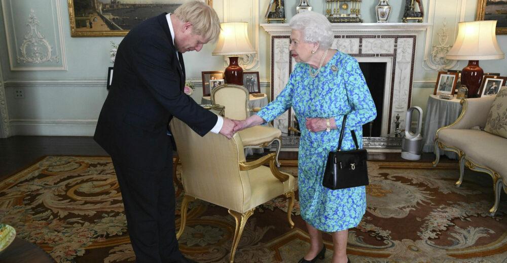 Dalla Brexit al Covid: il primo anno di Boris Johnson da premier
