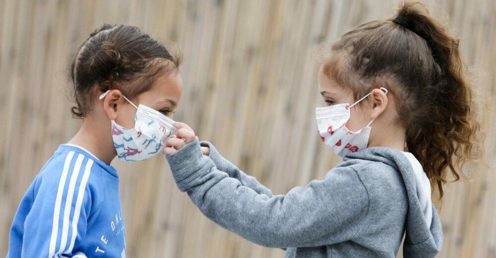 «I bambini si infettano raramente»: ecco perché la scuola può ripartire subito