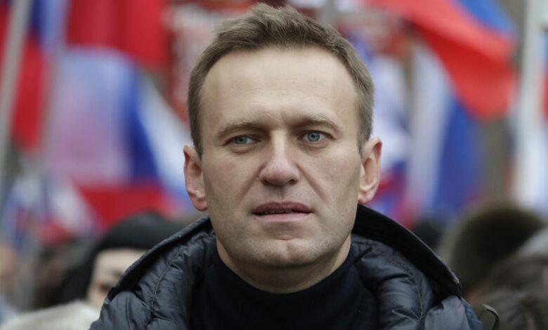 Photo of Chi è Alexei Navalny, l'oppositore di Putin ricoverato per un presunto avvelenamento