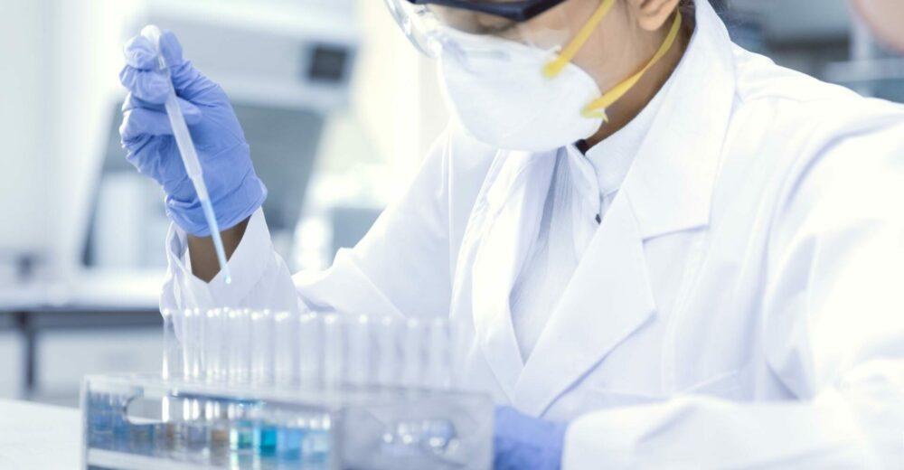 Coronavirus, Putin accelera: «La Russia ha registrato il primo vaccino al mondo»