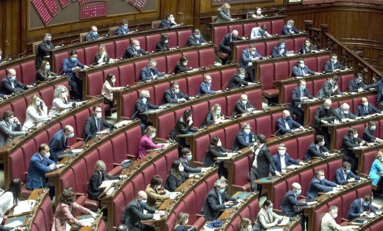 Photo of Coronavirus, cinque deputati hanno ottenuto il bonus da 600 euro. Di Maio: «Si dimettano»
