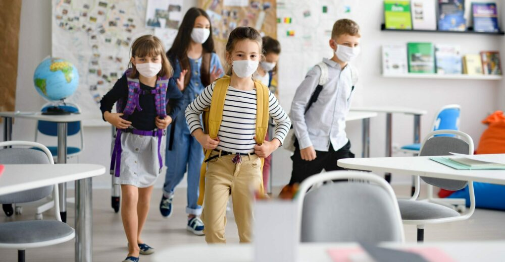 L'Europa torna a scuola: dalle mascherine al distanziamento tutte le differenze con l'Italia