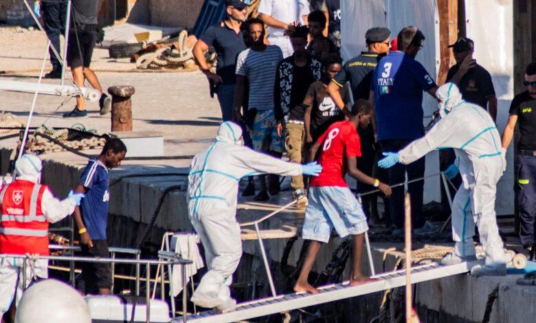 Photo of «Più rimpatri e niente regolarizzazioni»: il piano di Lamorgese per fermare gli sbarchi