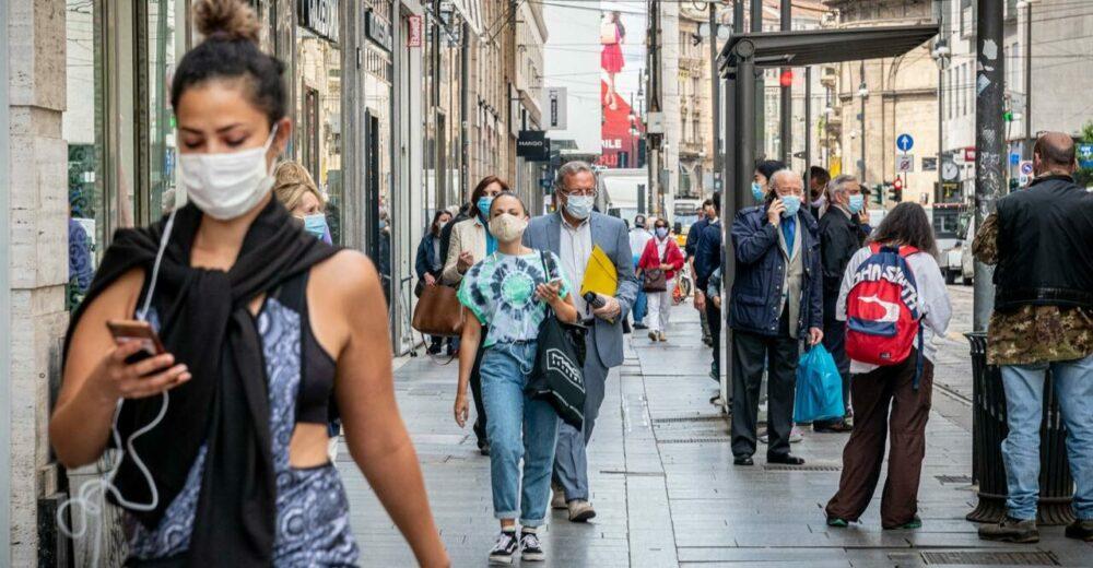 """Coronavirus, la """"seconda ondata"""" in Europa: nuovi lockdown da Madrid al Regno Unito"""