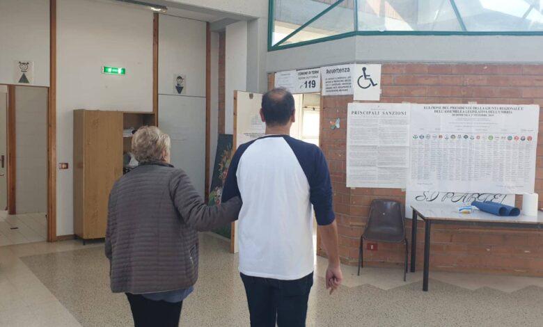 Photo of Elezioni, in 185 Comuni si voterà fuori dalle scuole