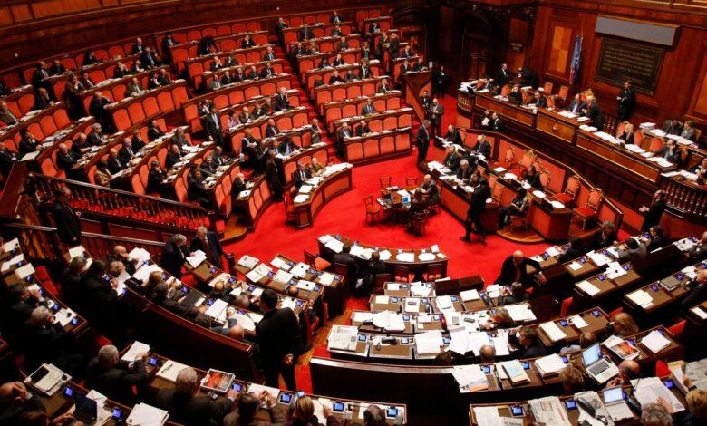 Photo of Referendum, gli elettori confermano il taglio dei parlamentari: cosa cambia