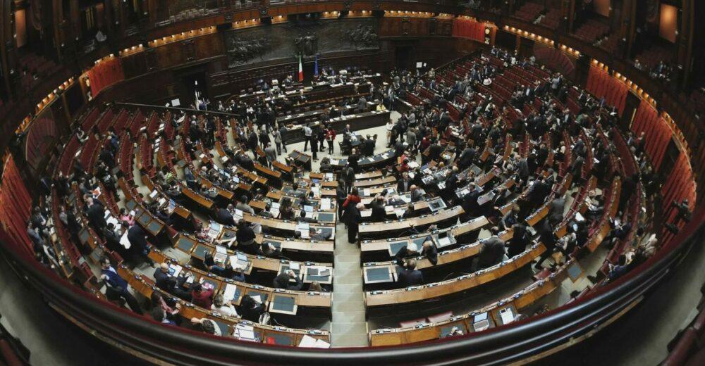 Referendum sul taglio dei parlamentari: come si schierano i partiti