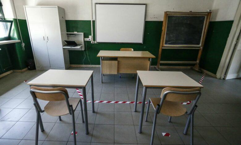 Photo of Dalle mascherine al distanziamento tra i banchi: ecco come riparte la scuola