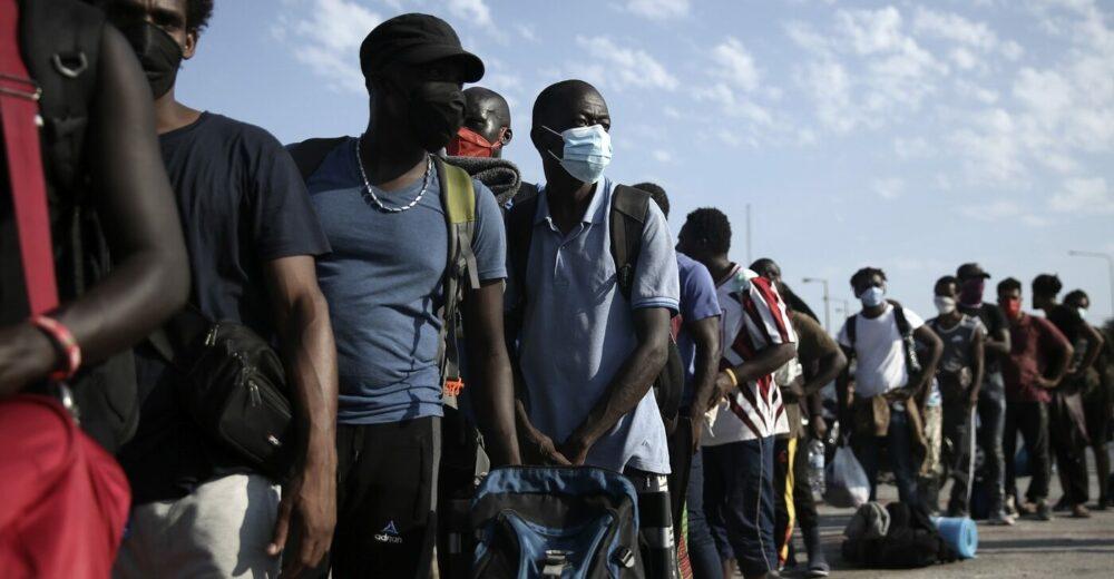 Cambiano i decreti sicurezza: ampliato il sistema di accoglienza migranti e stop alle supermulte per le Ong