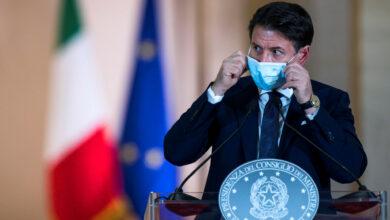 Photo of Conte presenta il nuovo Dpcm: «Misure più restrittive per proteggere salute ed economia»