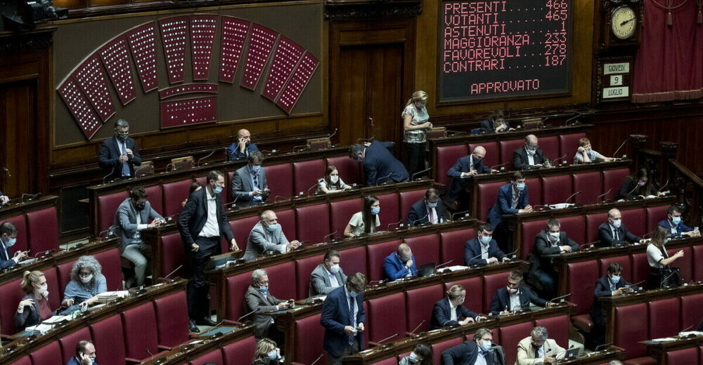 Coronavirus, 41 parlamentari in quarantena: manca il numero legale