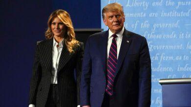 Photo of Trump e quei viaggi con la collaboratrice Hicks senza mascherina: così il coronavirus è arrivato alla Casa Bianca